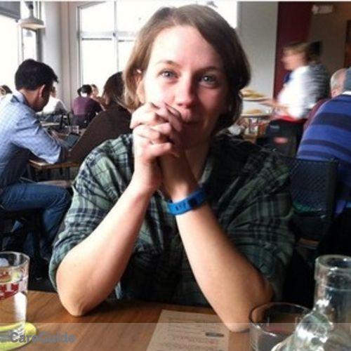 Pet Care Provider Sara Button's Profile Picture