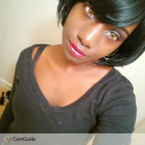 Writer Provider Gloria M's Profile Picture