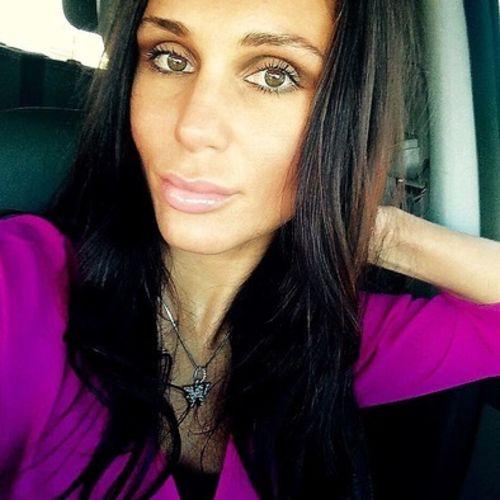 Housekeeper Provider Vashti Wells's Profile Picture