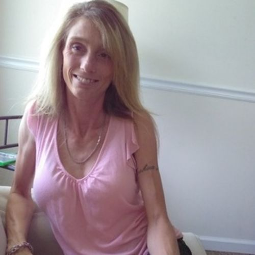 Housekeeper Provider Carla Snuggs's Profile Picture