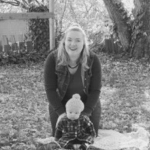 Fun outgoing, bilingual nanny with lots of experience