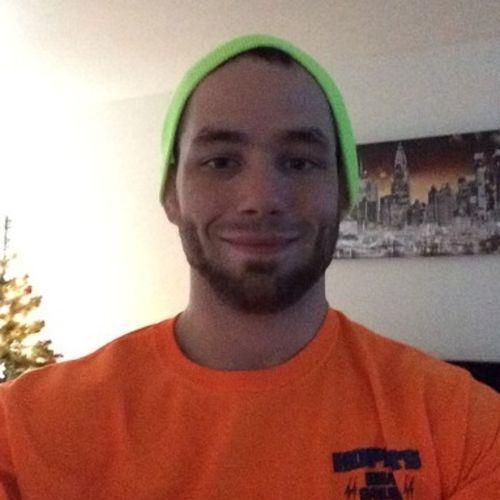 House Sitter Provider Brandon McLaughlin's Profile Picture