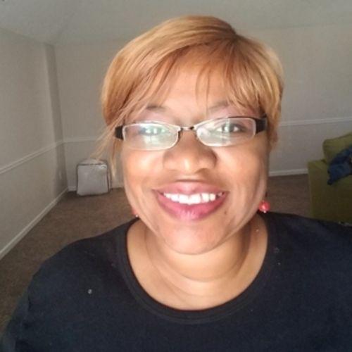 Housekeeper Provider Tanza Franklin's Profile Picture