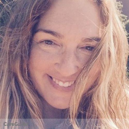 Pet Care Provider Chelle Smith's Profile Picture