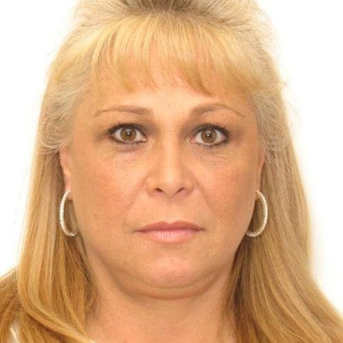 House Sitter Provider Ms Crisp's Profile Picture
