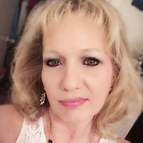 House Sitter Provider Terri F's Profile Picture