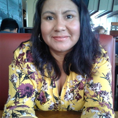 Housekeeper Provider Mayra Tobar's Profile Picture