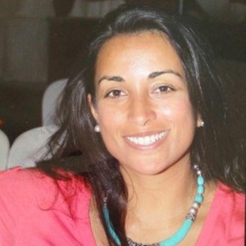 House Sitter Provider Aisha Ahmad's Profile Picture