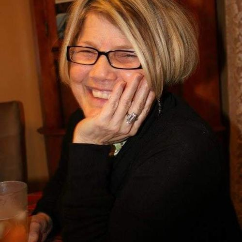 House Sitter Provider Debbie Arsenault's Profile Picture