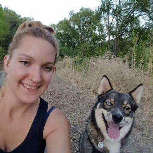 Pet Care Provider Alisha E's Profile Picture