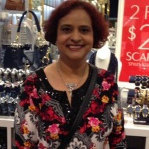 Canadian Nanny Provider Renu B's Profile Picture