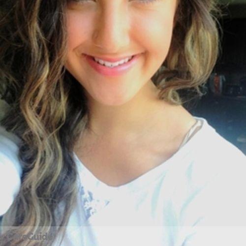 Canadian Nanny Provider Annalise W's Profile Picture