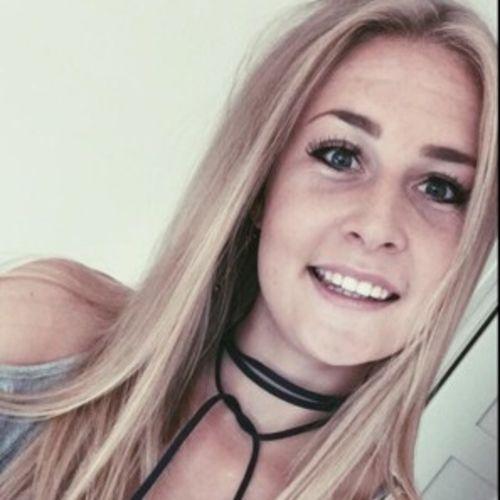 Canadian Nanny Provider Lauren Brown's Profile Picture