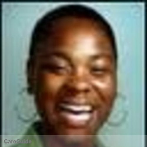 Housekeeper Provider Kenia Brown's Profile Picture