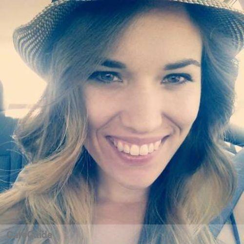 House Sitter Provider Nicole V's Profile Picture