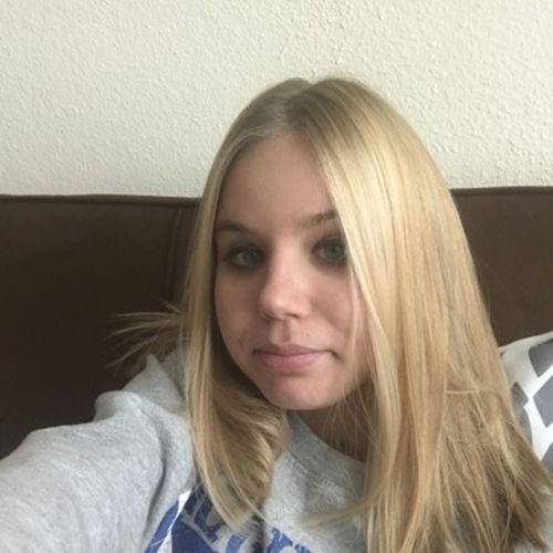 Pet Care Provider Danielle P's Profile Picture
