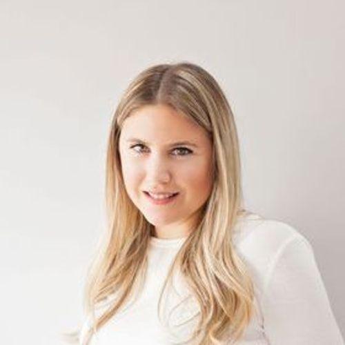 Canadian Nanny Provider Ariana Echeandia's Profile Picture