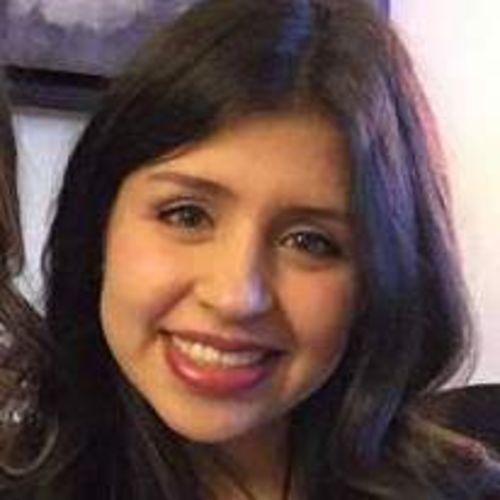 Housekeeper Provider Valeria Parra's Profile Picture
