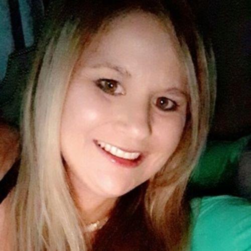 House Sitter Provider Amanda Cannon's Profile Picture