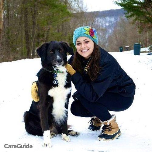 Pet Care Provider Mariel English's Profile Picture