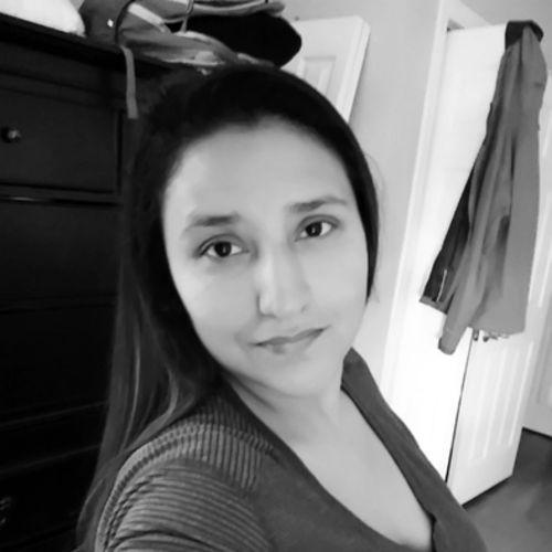 Housekeeper Provider Amanda Rivas's Profile Picture