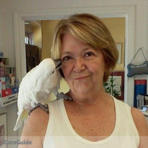 Pet Care Provider Elaine Farrell's Profile Picture