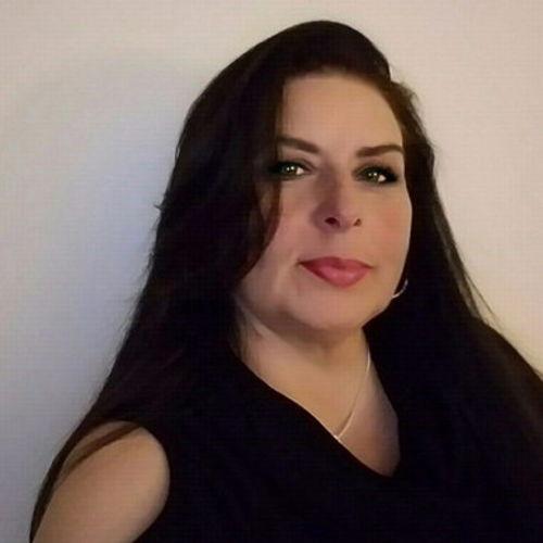 House Sitter Provider Sara Coronado's Profile Picture