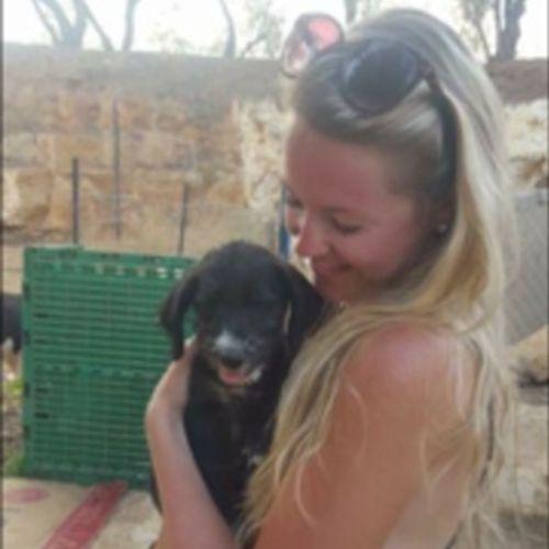 Pet Care Provider Kayla Mahon's Profile Picture