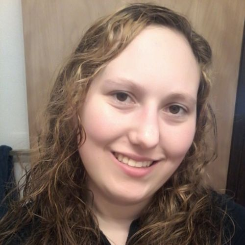 House Sitter Provider Ashley Hardin's Profile Picture