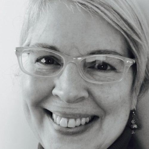 House Sitter Provider Laurel R's Profile Picture