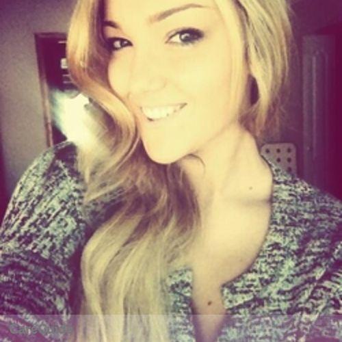 Canadian Nanny Provider Alexandra Mihai's Profile Picture