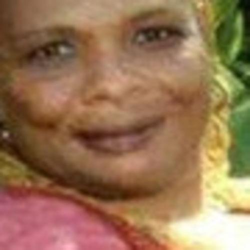 Elder Care Provider Yvonne L's Profile Picture