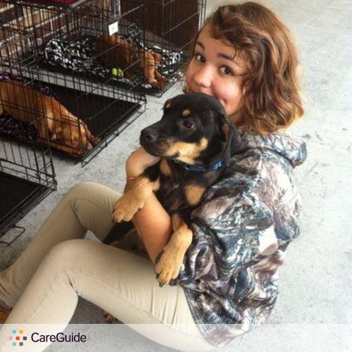 Pet Care Provider Dani Cayouette's Profile Picture