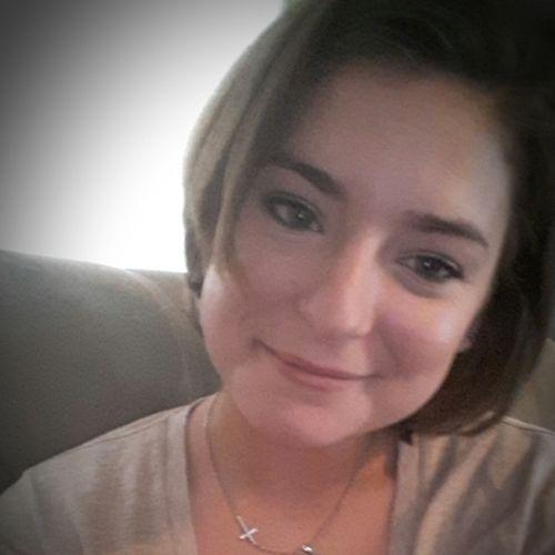 Housekeeper Provider Kari Panalez's Profile Picture