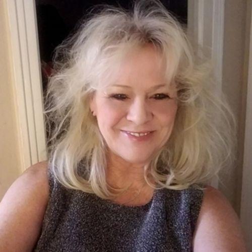 House Sitter Provider Brenda L's Profile Picture