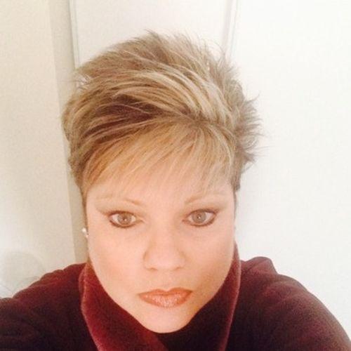 Pet Care Provider Tina C's Profile Picture