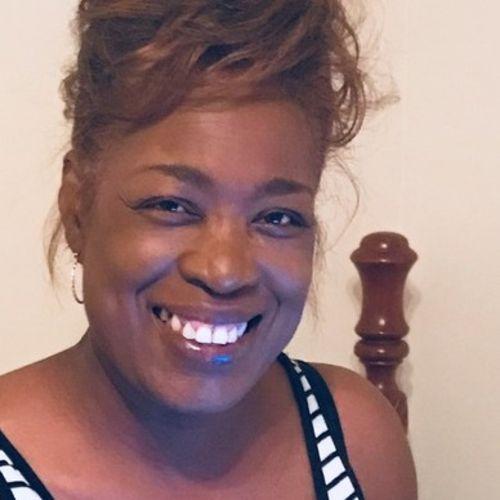 Elder Care Provider Shannon H's Profile Picture