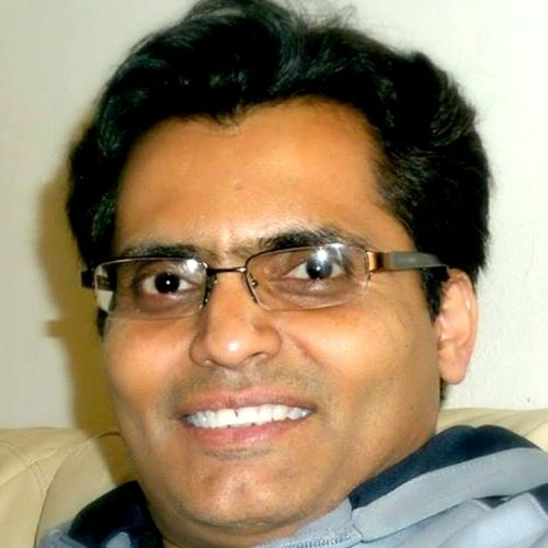 Housekeeper Provider Divyesh Halvawala's Profile Picture