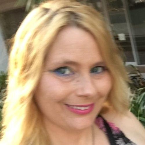 Pet Care Provider Victoria Schaller's Profile Picture