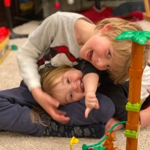 Looking for a Careful Part Time Nanny in Calgary, Alberta