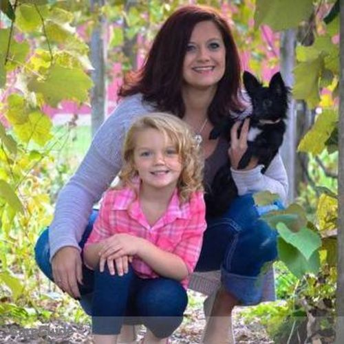 Pet Care Provider Heather Ehlinger's Profile Picture