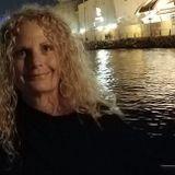 Annette Loving pet sitter / dog walker