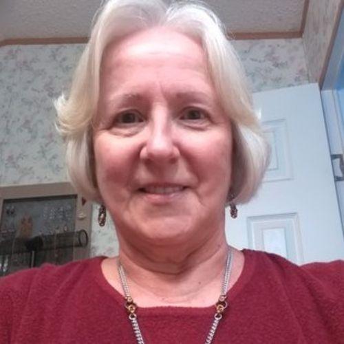 House Sitter Provider Donna Self's Profile Picture