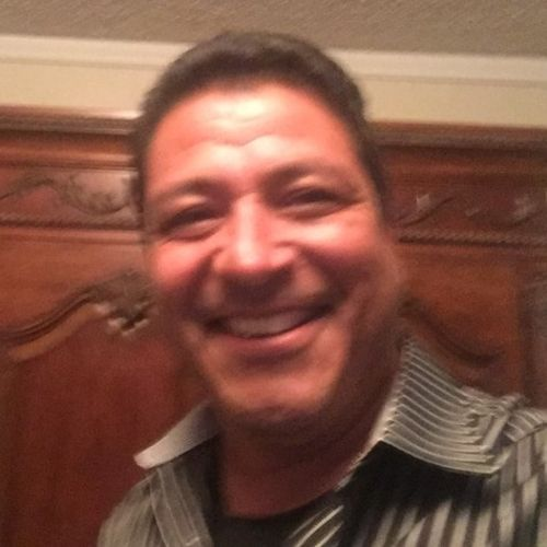 House Sitter Provider Juan Osborn's Profile Picture