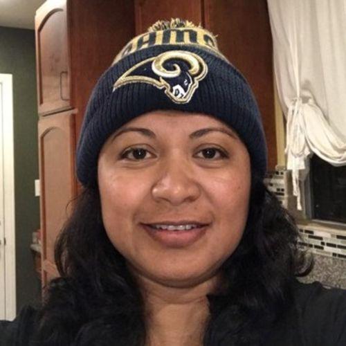 Elder Care Provider Lesly Mendez's Profile Picture