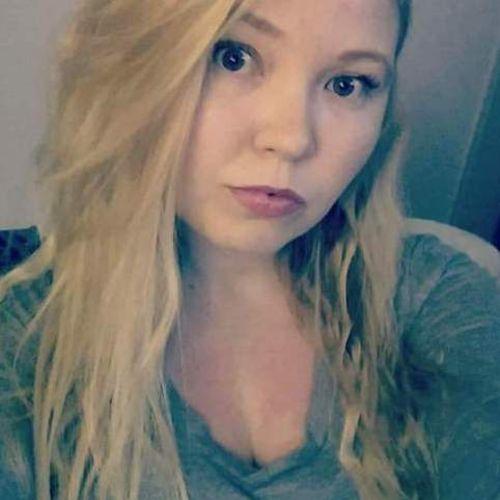 Canadian Nanny Provider Amy Hogan's Profile Picture