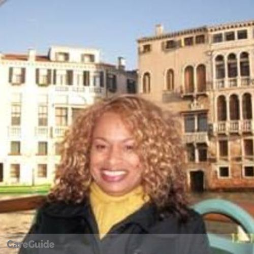 House Sitter Provider Tracy Askew's Profile Picture