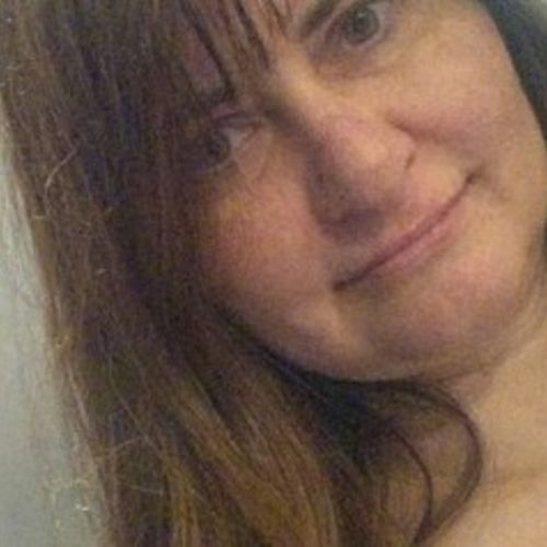 House Sitter Provider Anne R's Profile Picture