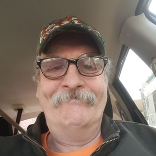Pet Care Provider Robert Lang's Profile Picture