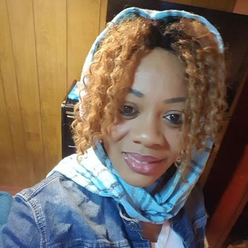 Housekeeper Provider Chaneil R's Profile Picture